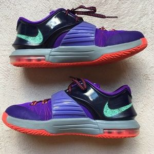 8919d2ae736e Nike Kevin Durant Boys  KD VII Zoom Shoes